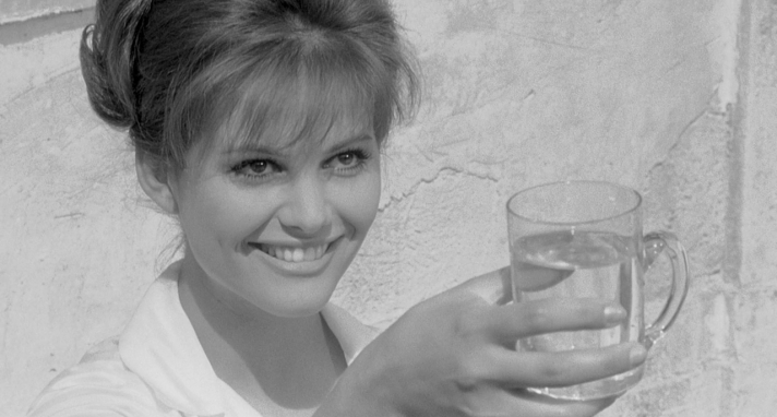 claudia (cardinale), dressed in white, who guido meets first at the springs is the materialization of this mystical and enigmatic woman, who evidently represents the anima of t